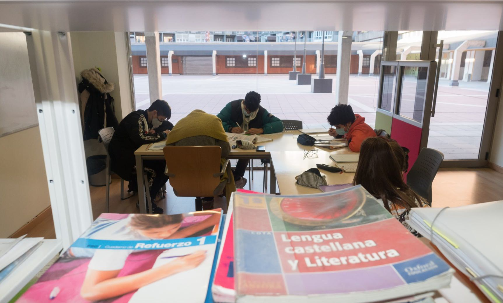 Aula con Estudiantes de Lengua y Literatura